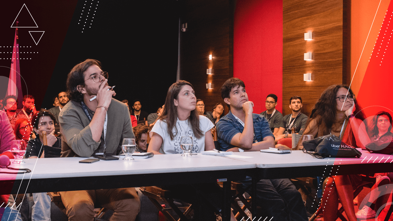 What's the judges role in a hackathon?